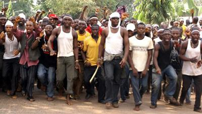 File: Ex-militants
