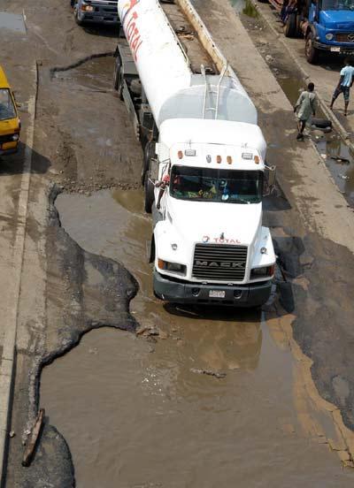 Apapa1-bad-road