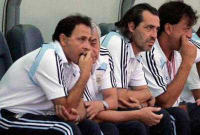 rgentina's coach Sergio Batista, third from left, accompanied by assistants