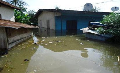 Cross-river-flood