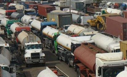 *Traffic congestion on the Berger axis of Oshodi-Apapa expressway due to reconstruction of the road