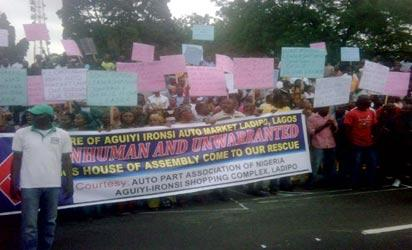 *Ladipo Market traders protesting against the closure of the market