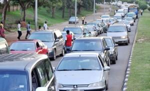 Vehicles queuing for fuel at the central area of Abuja recently