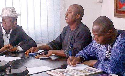 L-R: Hugo Odiogor Prof. Fred Agwu, Senior Research Fellow at NIIA, Lagos and Prof. Victor Ariole of University of Lagos .