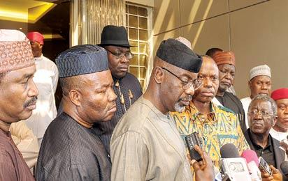 File Photo: Pro-Jonathan state governors, addressing the media after presenting their factional chairman.  From left, Ibrahim Shema (Katsina); Goodswill Akpabio (Akwa Ibom); Seriake Dickson (Bayelsa); Liyel Imoke (Cross River); Olusegun Mimiko (Ondo), factional Vice Chairman; and Jonah Jang (Plateau), factional chairman.