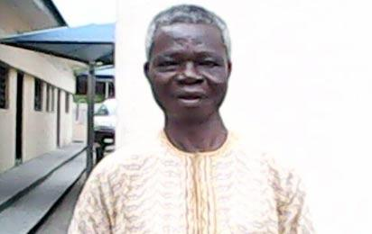 *Jola Ogunlusi