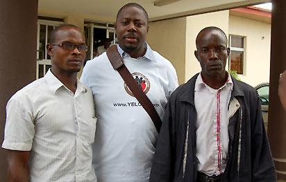 """*Centre; Dr. Oluyemi Olawaiye, Founder of YELOTO and two parents of the beneficiaries, Mr. Adelaja Olatunji  and Mr. Godwin Oboh """""""