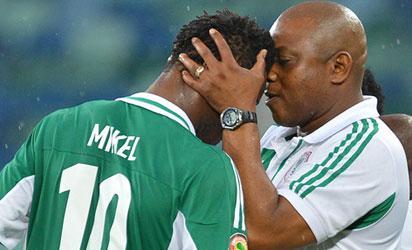 Stephen Keshi with Mikel Obi