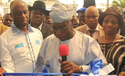 Obasanjo Commissioning of Projects in PH