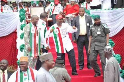 "VP Sambo dancing. ""I'm a Port Harcourt boy oh"" PDP Presidential Campaign in PH"