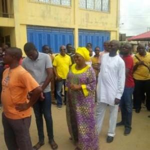 Fashola and wife queue for accreditation