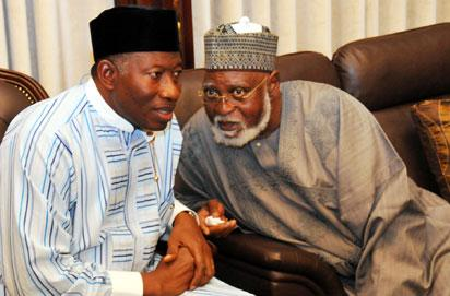 PRESIDENT GOODLUCK JONATHAN (L) WITH THE CHAIRMAN, NATIONAL PEACE COMMITTEE FOR 2015 ELECTIONS GEN ABDUSALAMI ABUBAKAR DURING AN AUDIENCE AT THE END OF COLLATION OF RESULTS FOR THE 2015 PRESIDENTIAL ELECTION AT THE PRESIDENTIAL VILLA ABUJA ON TUESDAY (31/3/15)