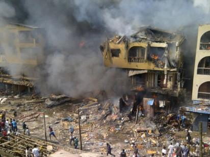 Boxing day for some residents of Lagos state yesterday when an explosion at a warehouse  which stored fire crackers triggered a massive fire which set ablaze 15 other adjoining buildings. An 11 year old boy was confirmed dead at the site of fire cracker explosion which occurred at 9AM at Oroyiyin\Jankara axis on Lagos Island with several others injured.