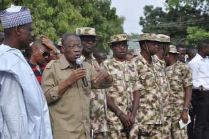 Bama IDP Camp:  From left, Boron State Deputy Governor , Usman  Mamman Dwikwa , Minister of Information and Culture, Alh. Lai Mohammed addressing  Military Men at Bama while Theater Commandant, Maj. Gen. Abubaskar , Major Gen. Adeosun  Brigadier Commander, 21 Brigade Bama and others look on  during Minister's Tour of Bama . Photo by Gbemiga Olamikan.