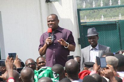 Rivers State Governor, Nyesom Ezenwo Wike acknowledging cheers from supporters at the Port Harcourt International Airport on Thursday  upon his arrival  to the  state after the Appeal Court judgment.
