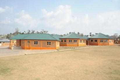 Mega school irese, suburban type 2