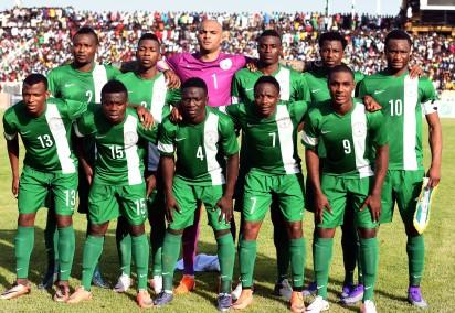 Nigerian national football team poses during the African Cup of Nations qualification match on March 25, 2016 in Kaduna.