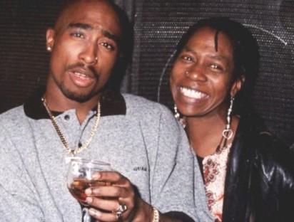 Tupac-and-mom