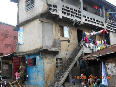 buildings collapse