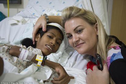 •Mahendra Ahirwar  with Julie Jones after the surgery