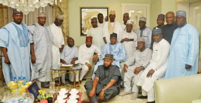 Speaker, House of Representatives, Rt. Hon. Yakubu Dogara and other Reps during their visit on Saturday, to the Hiltop mansion of ex-Military President, Gen. Ibrahim Badamasi Babaginda (IBB), in Niger State