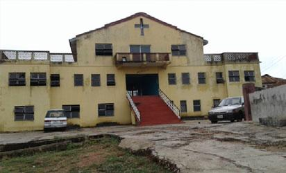 Court bars Anglican church from conducting man's burial