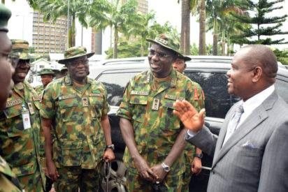 R-L: Rivers State Governor, Nyesom Ezenwo Wike, Chief of Army Staff, Lieutenant General Tukur Buratai, General Officer Commanding 1 Mechanised Division, Major General Adeniyi Oyebade and General Officer Commanding 82 Mechanised Division, Enugu, Major General Ibrahim Attahiru after the  visit of General Buratai to Government House, Port Harcourt on Monday.