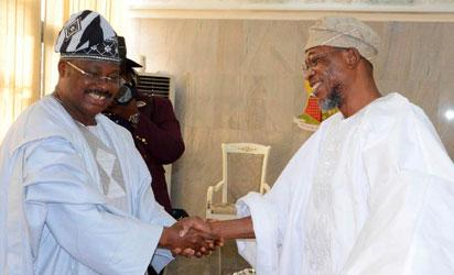 Osun state Governor, Ogbeni Rauf Aregbesola exchanging  greetings with Oyo State Governor, Senator Abiola Ajimobi, during the Southwest governor's economic forum, at the Exco Chamber, Oyo state Governor's office, Ibadan, Oyo state on Monday 21/11/2016.
