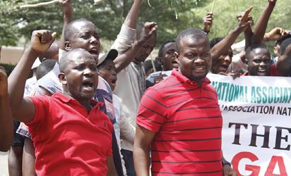 Address economic hardship not 2019 ambitions, Nigerians tell politicians