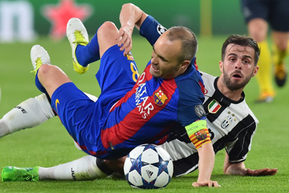 Marc-Andre ter Stegen: 'Barcelona need Andres Iniesta to stay'
