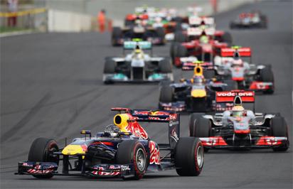 Formula One: Hamilton wins crucial, chaotic Singapore GP