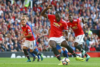 How former Everton star Lukaku ruined Rooney's United return
