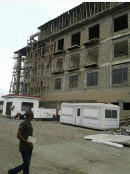 Breaking (Photos): Three injured as four storey building collapses In Kwara