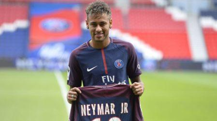 Neymar braced for French culture shock in PSG debut