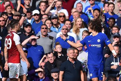 Chelsea's David Luiz sent off in Arsenal stalemate
