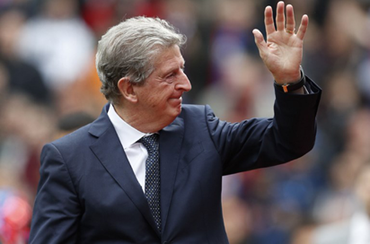 Hodgson's debut ends in defeat as Palace makes unwanted history