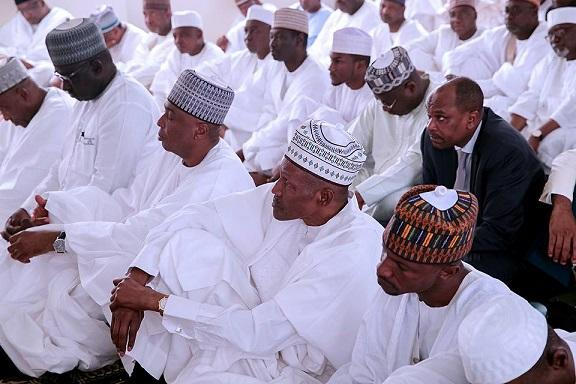 Jonathan's VP Sambo, Saraki, others join Buhari in special prayers for Nigeria's 57th Independence