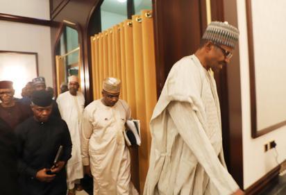 Breaking: Buhari at APC Caucus meeting