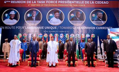 Photos: Buhari attends ECOWAS meeting in Niamey