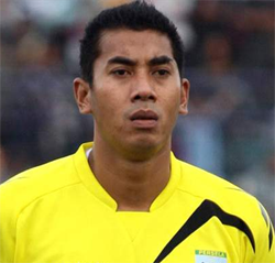Goalkeeper dies after tragic collision with team–mate