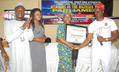 Amodu gets Nigerian Youth Parliament award
