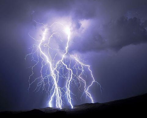 Lightning strikes 72 Cambodians to death