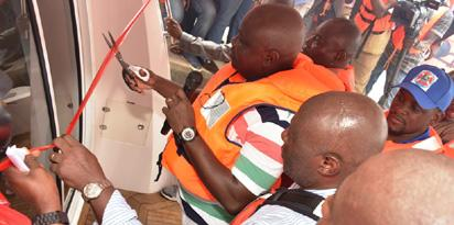 Ambode commissions 3 executive boats, 4 Jet Skis