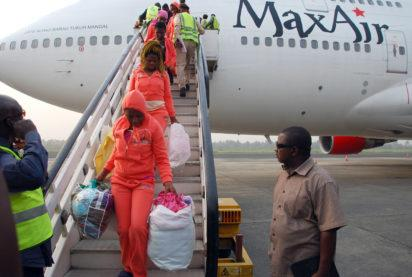 Nigerians evacuated from Libya as thousands others queue for their turn