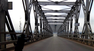 Vibration on Niger Bridge not a threat ― FG