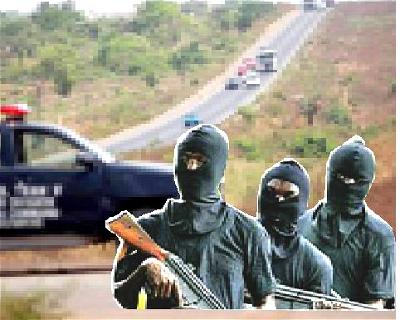 Bandits, Travellers