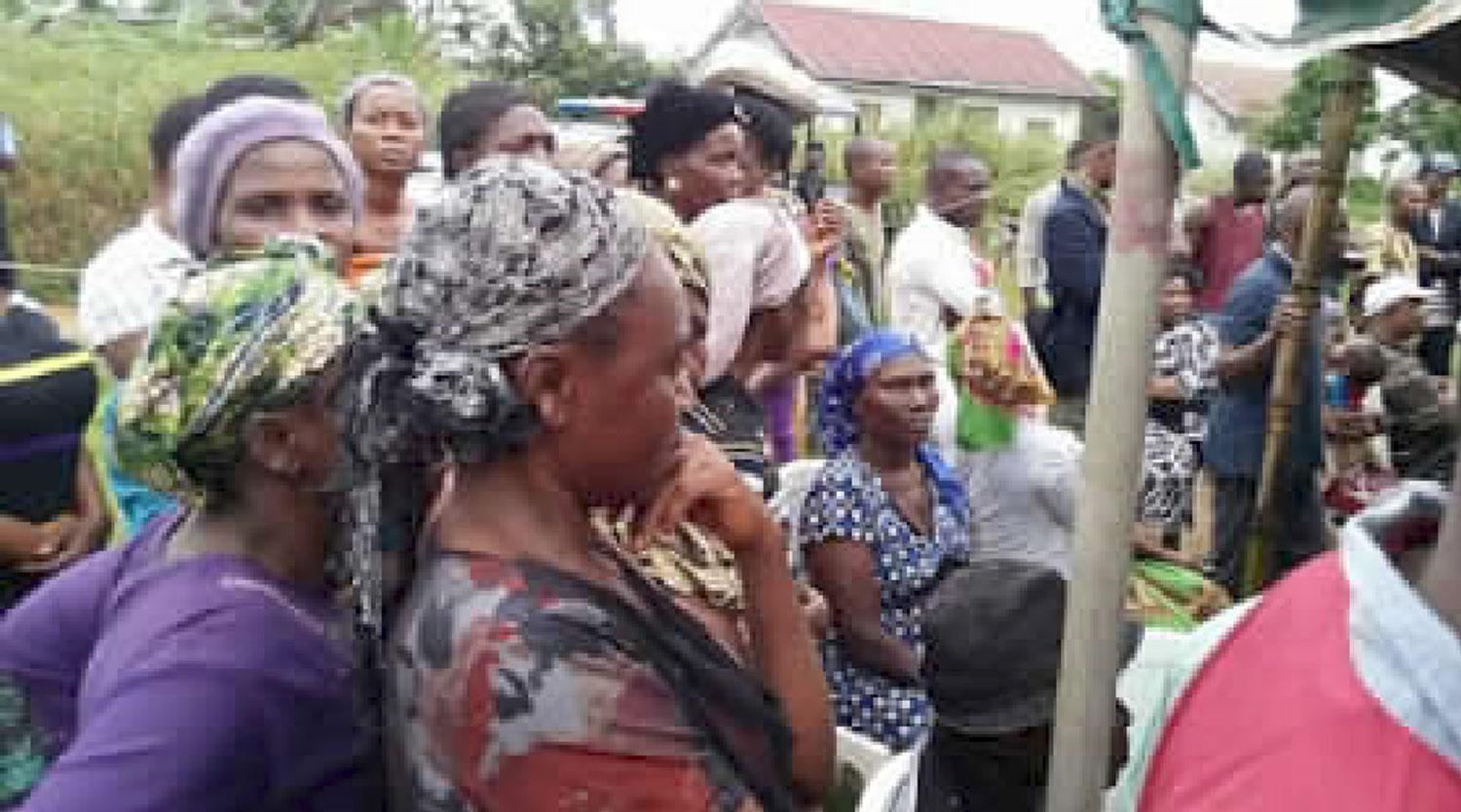 Distraught Bakassi people