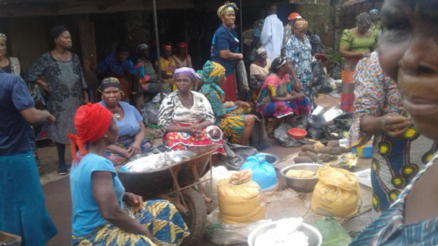 The Abba Women trading on road side after they were chased way from their Oye Market