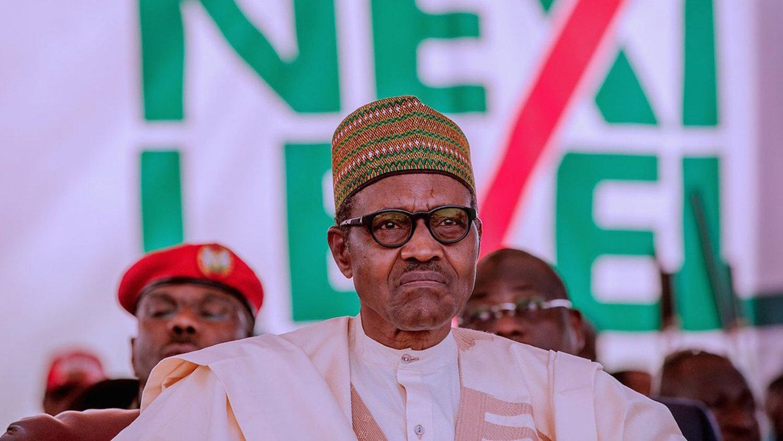 Buhari, Nigeria, security chiefs