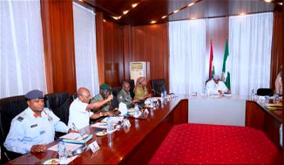 Buhari, service chiefs meet in Aso Rock